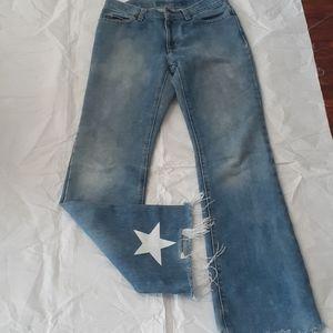 Gap blue jean size 28